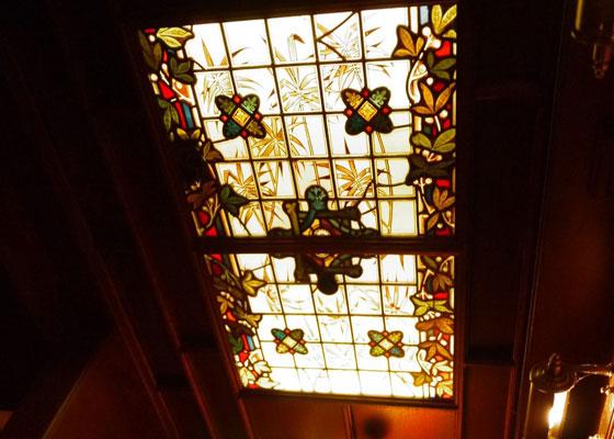オールドイングランド2階のイメージ